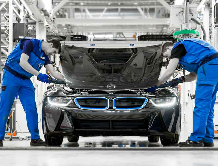 BMW i8 Coupe Hybrid Car Maintenance 2016 Prior