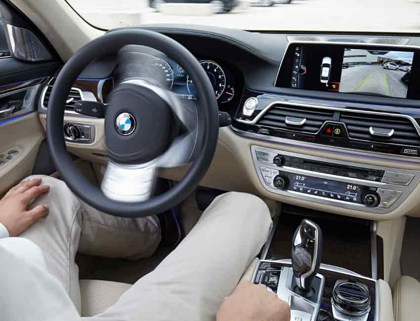 BMW 7 Series Active Parking Assistant