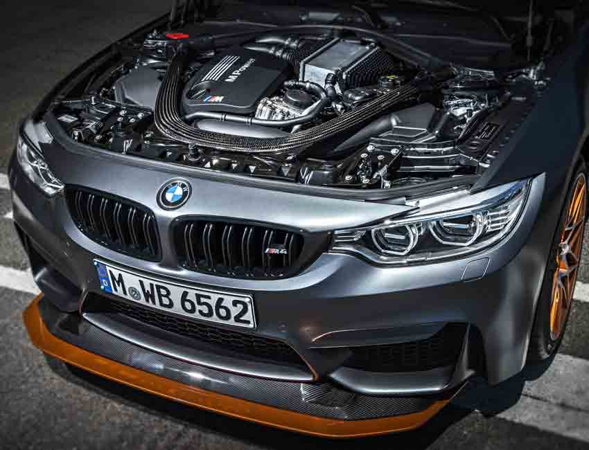BMW M3 GTS versus M4 GTS Engine