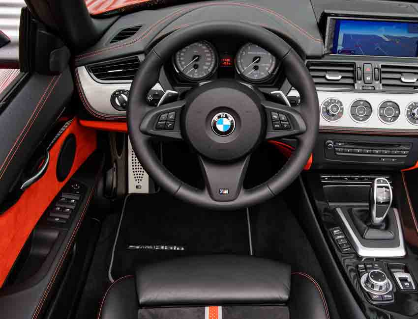 BMW Z4 Convertible Standard Equipment