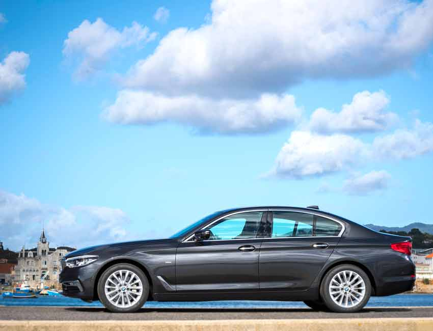 BMW 5 Series Sedan Maintenance 2017 and Later Models Side View