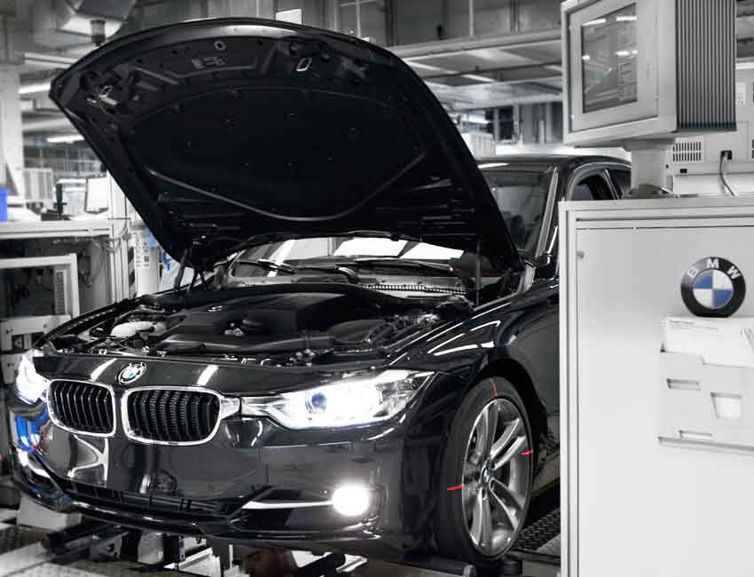 BMW 3 Series Maintenance Service View 2017 and Later Models