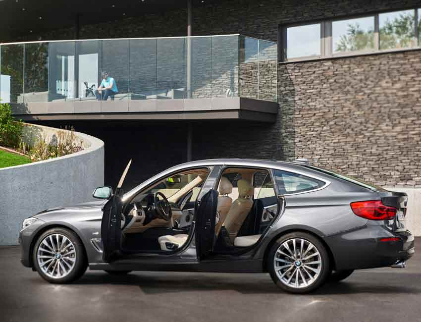 BMW 3 Series Maintenance 2017 and Later Models Interior View