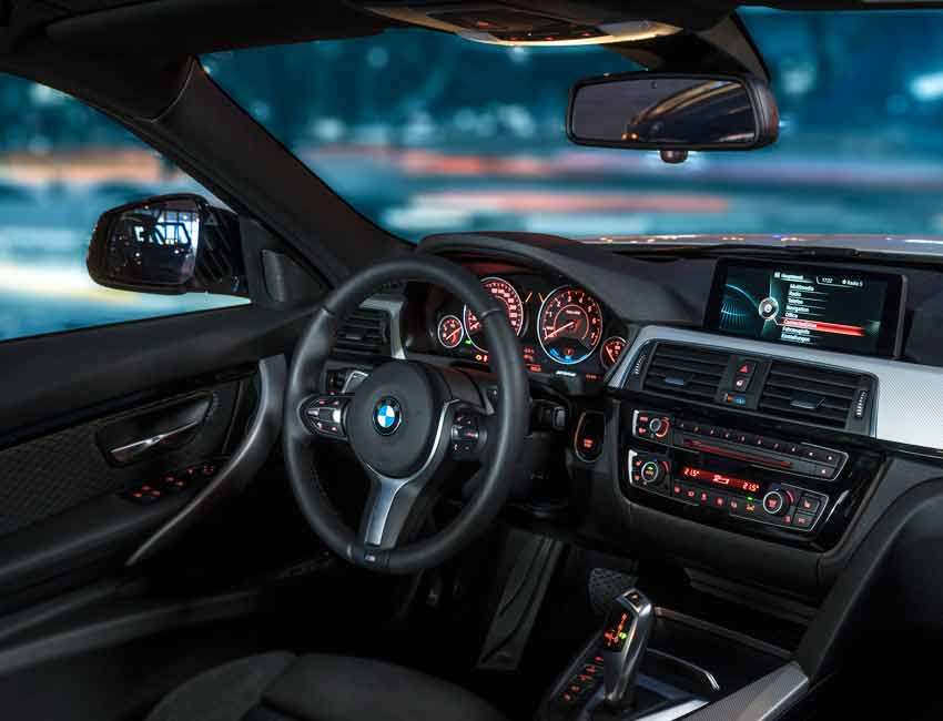 BMW 3 Series Maintenance 2017 and Later Models Driver View