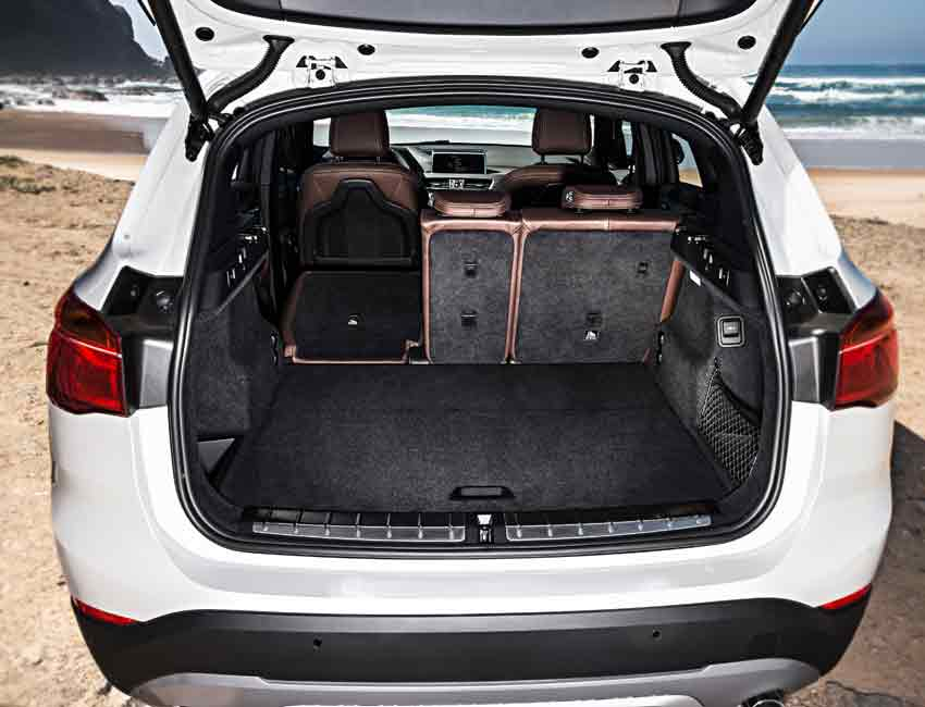 BMW X1 Maintenance Trunk Space