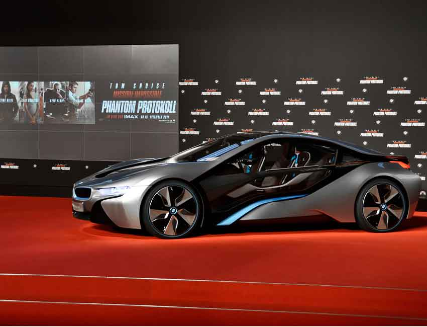 BMW i8 Coupe Scissor Doors Hybrid Car Maintenance Mission Impossible Phantom Protokoll