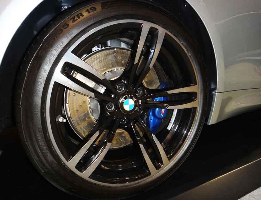 BMW M3 M Compound Brakes Crack Patterns