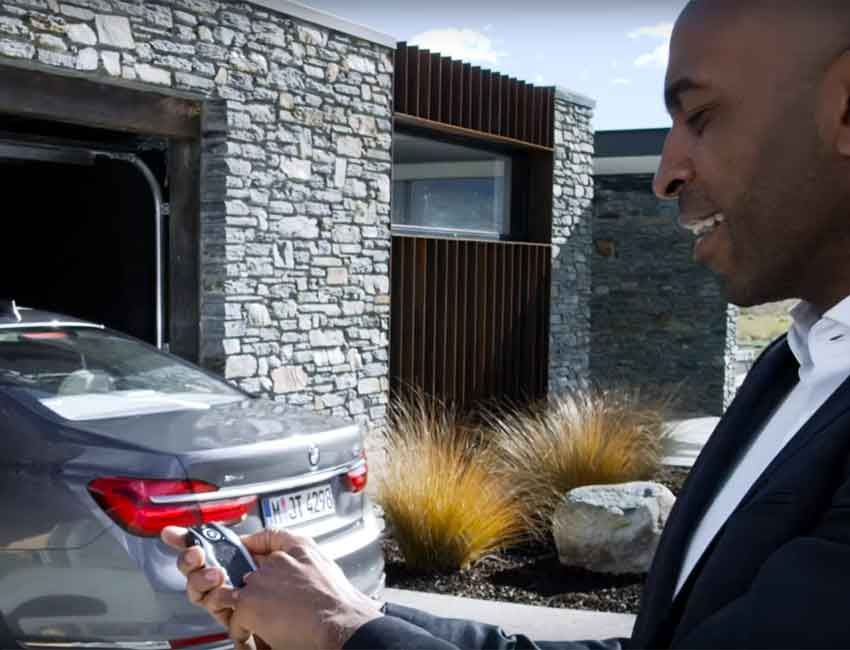 BMW Best Technology Package Remote Control Parking