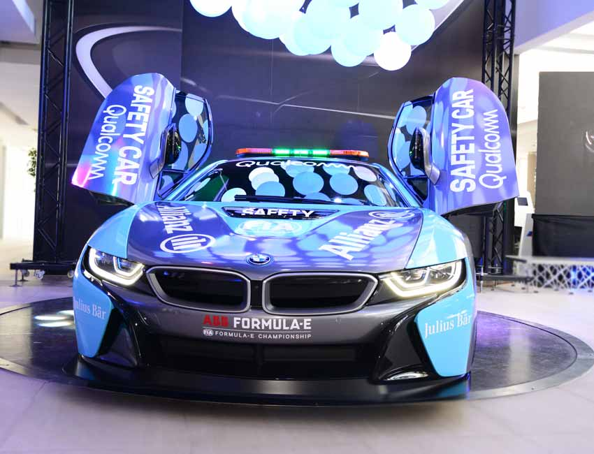 BMW i8 Price Color Exterior Front View