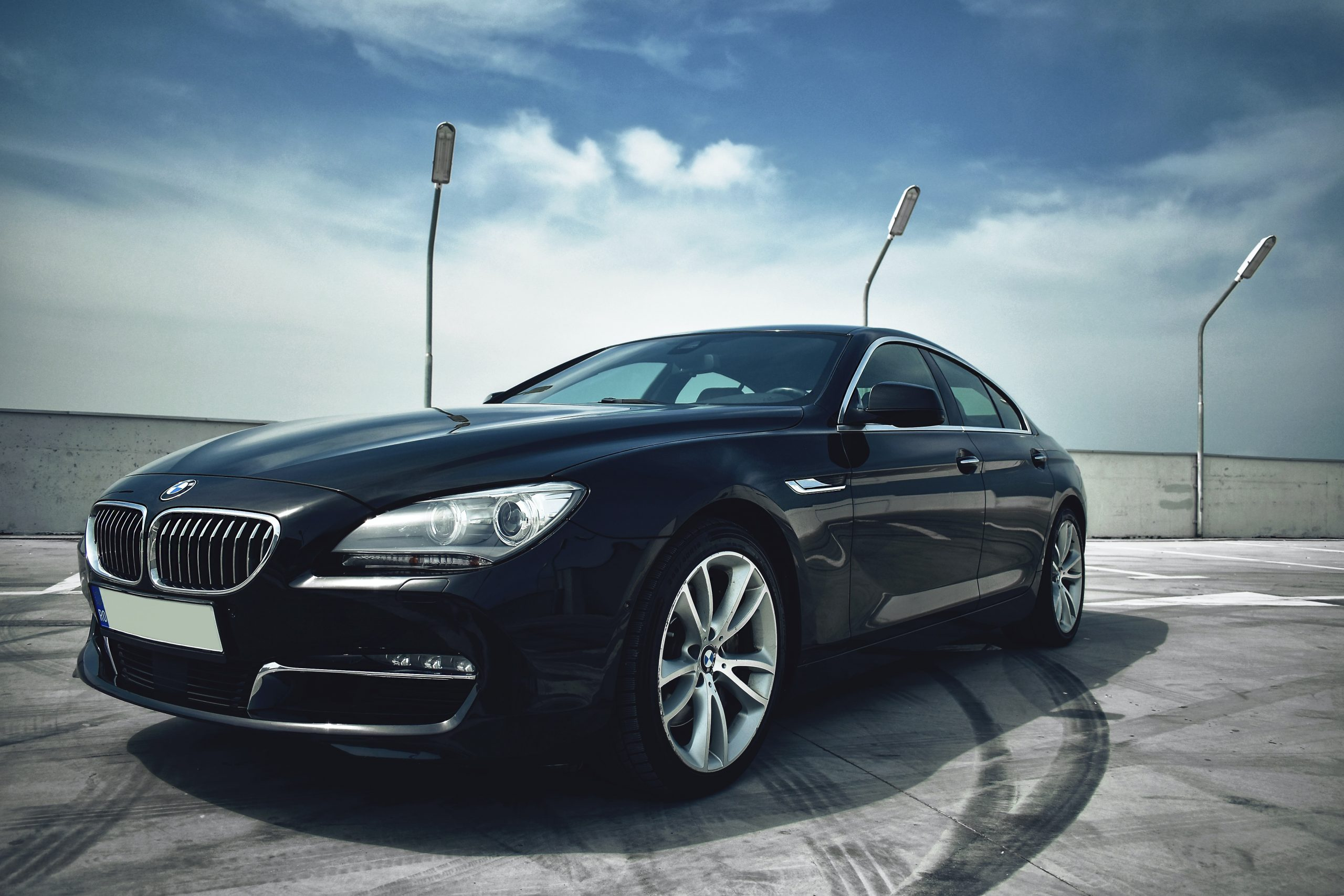 bmw 6 series on the track